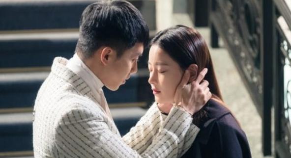 lee-seung-gi-ciuman